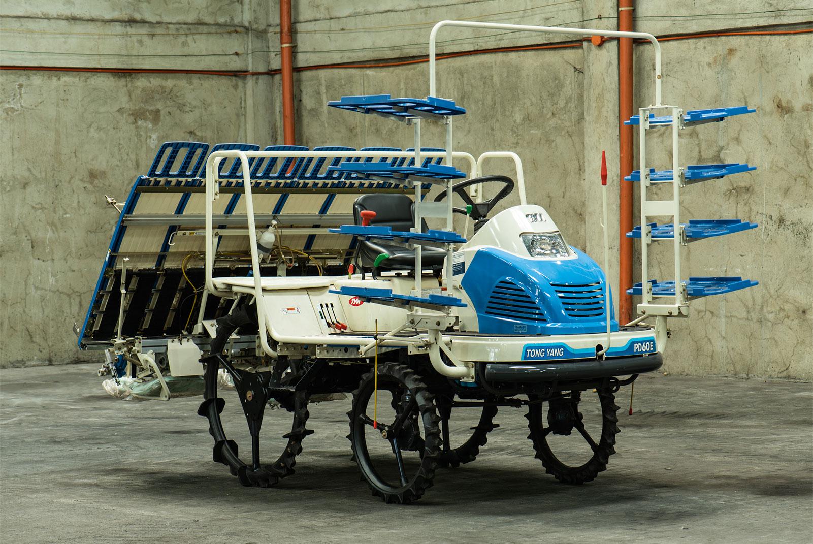 TYM Rice Transplanter Riding Type